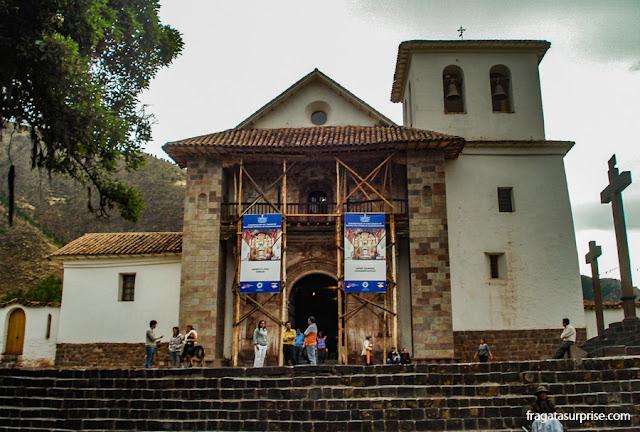 """Peru: Igreja de São Pedro e São Paulo de Andahuaylillas, chamada de """"Cistina das Américas"""""""