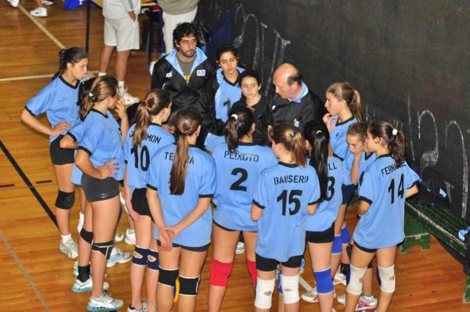 Chile Pierde Sede Del Sudamericano Femenino Adulto De: Uruguay Olímpico: Mucho Para Aprender En El Vóley Sub 15
