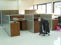 cubicle workstation meja partisi kantor