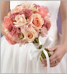 bouquet de mariée en plastique