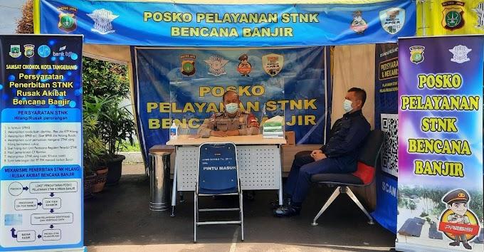 Samsat Cikokol Layani STNK dan BPKB Rusak Akibat Banjir