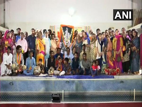 Pakistani Hindus visit Jagannath Temple