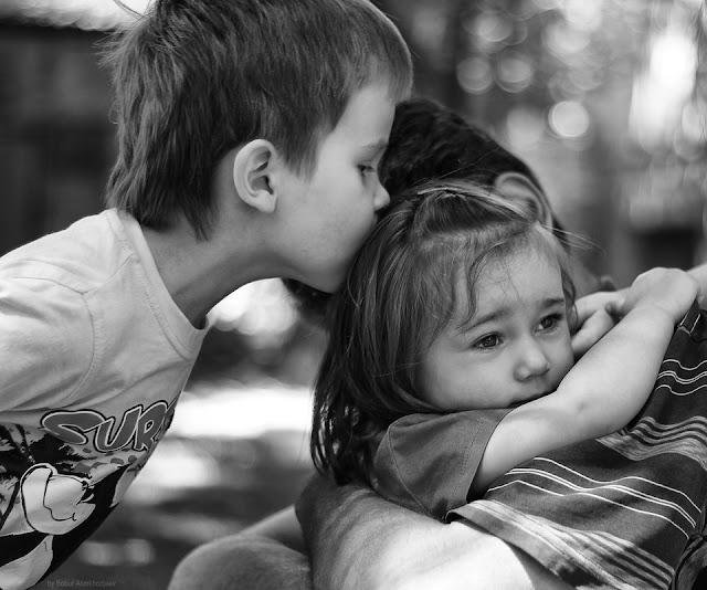 Они усыновили никому не нужного мальчика, а он спас их дочку. История о настоящей семье!