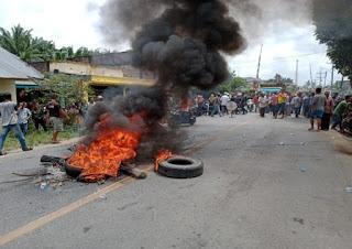 Pelaku Pungli Ditembak Mati Polisi, Warga Kualuh Selatan,Labura Blokir Jalinsum