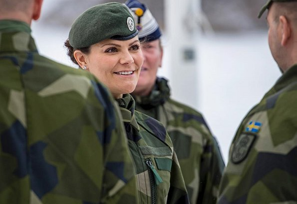Crown Princess Victoria got information about activities of Life Guards and also about the 13th Security Battalion organization