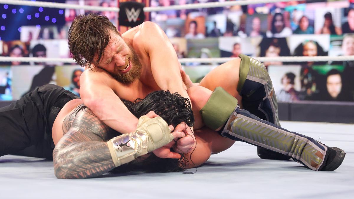 Daniel Bryan and Roman Reigns on WWE Fastlane