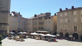 Villefranche de Rouergue. Plaça de Notre Dame