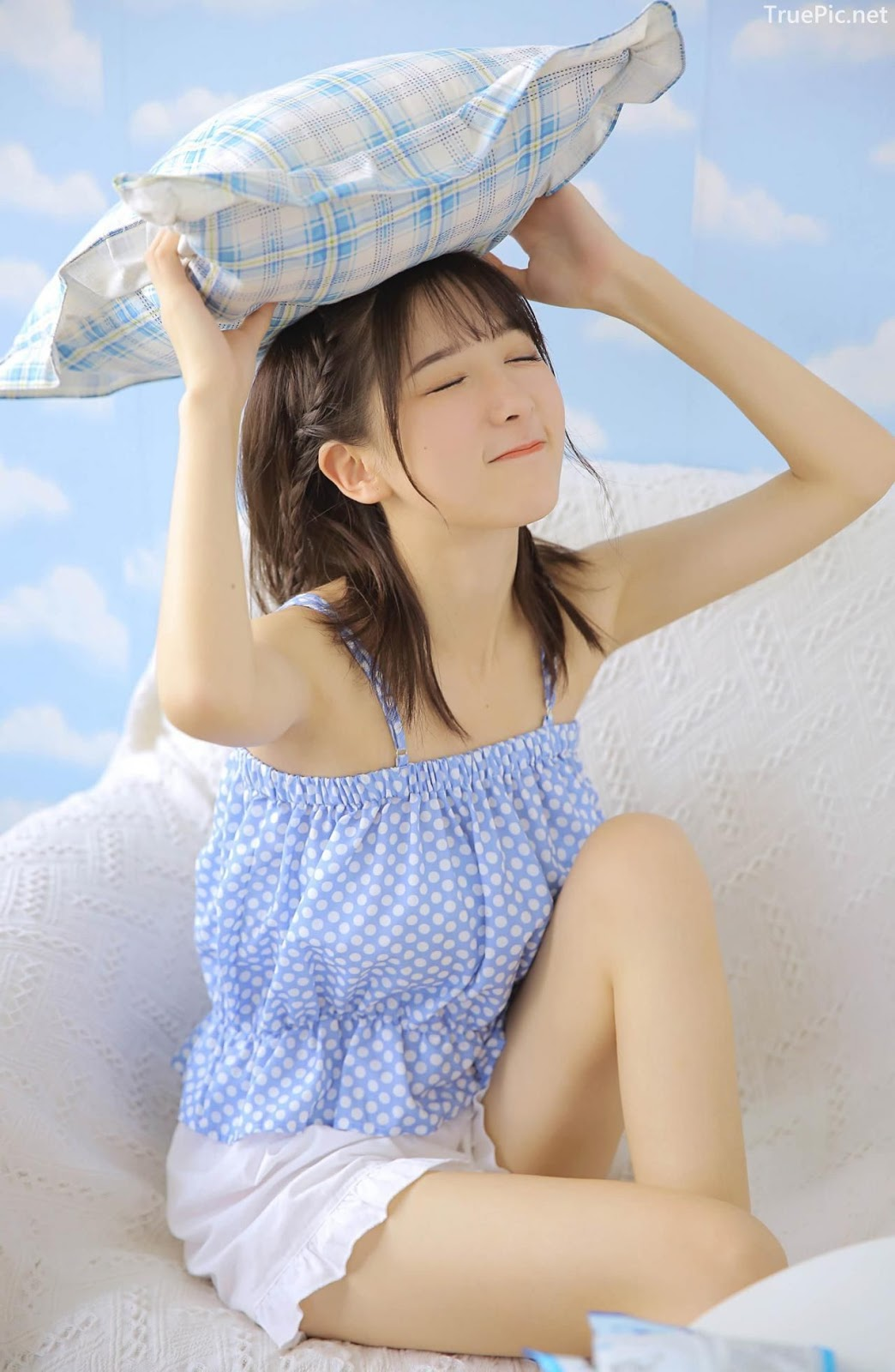 Chinese cute girl - She is a Beautiful sweet candy girl - TruePic.net - Picture 1