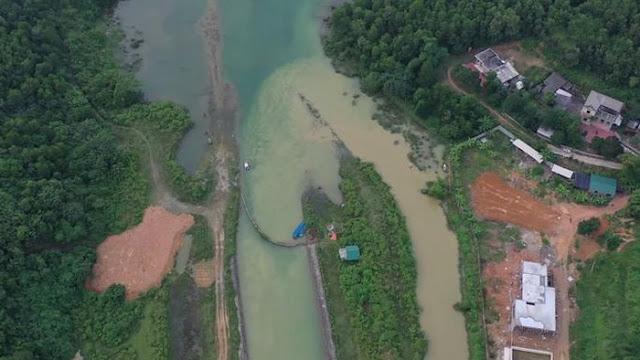 Hà Nội phát hiện Công ty nước sông Đà xả hàng ngàn m3 nước xúc rửa bể chứa ra suối