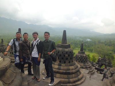 Foto di Sebelah Stupa Candi Borobudur