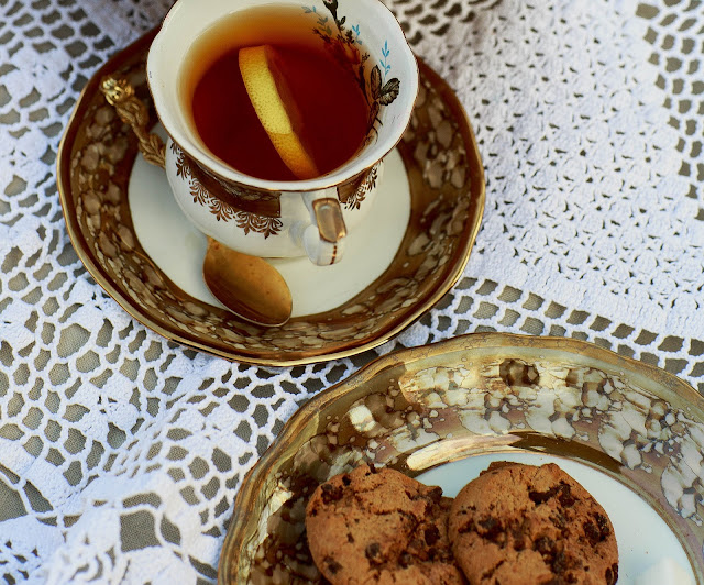 Tea and cookie time