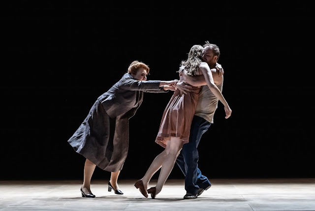 Janacek: Kat'a Kabanova - Susan Bickley, Amanda Majeski, Andrew Staples - Royal Opera House (Photo ROH/Clive Barda)