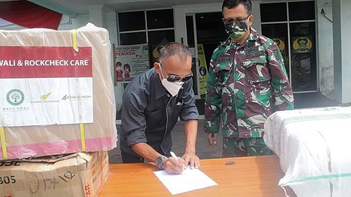 PT MSM dan TTN Salurkan APD di RS. TNI AD Wolter Monginsidi