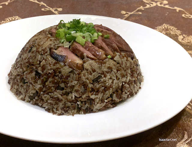 Steamed Organic Brown Rice with Glutinous Rice and Smoked Duck
