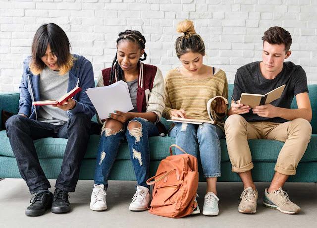 5 Libros que todo adolescente debe leer.