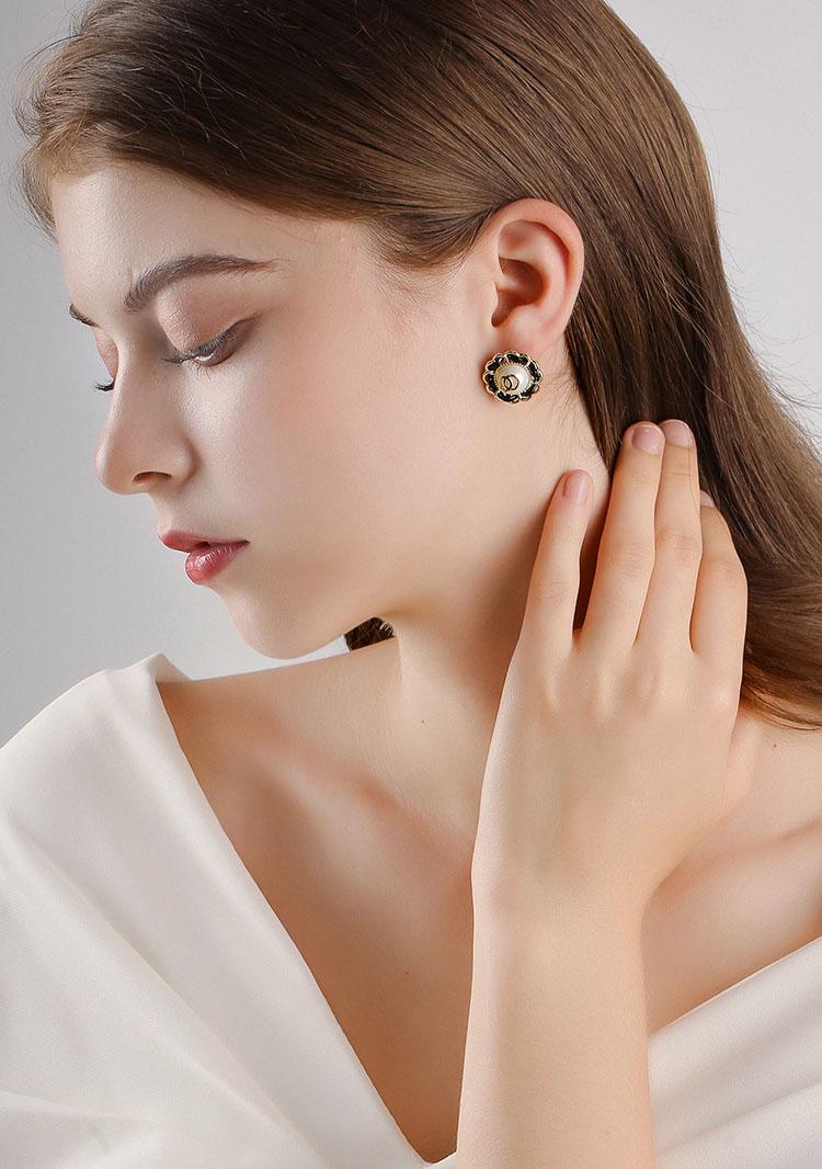 Dixie復古風皮繩擬珍珠耳環