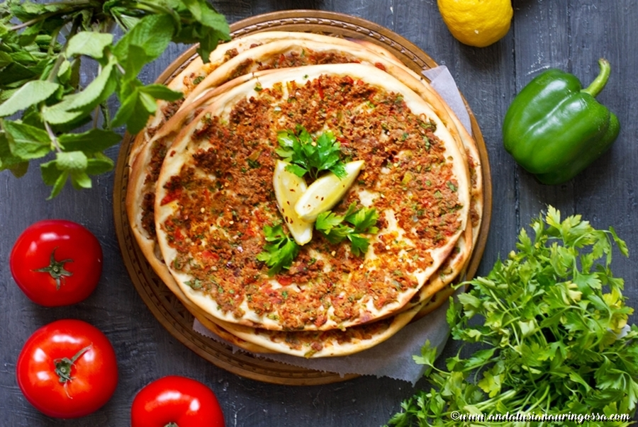 Lahmacun_Turkish pizza_turkish street food_recipe_kosher_glutenfree_Under the Andalusian Sun_foodblog_travelblog_3