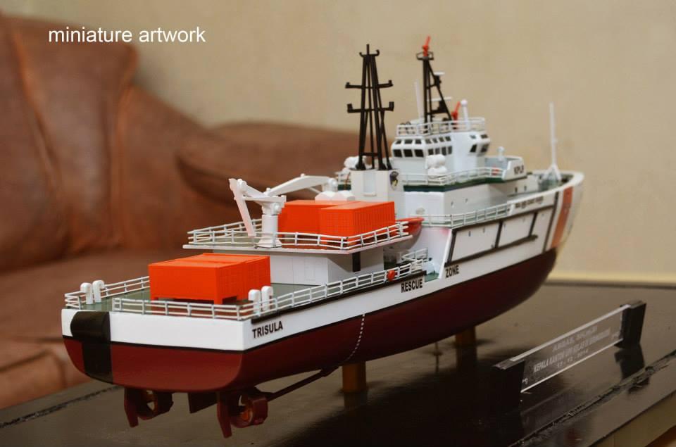 maket miniatur kapal kn trisula p111 kplp kesatuan penjaga laut dan pantai sea and coast guard rumpun artwork planet kapal indonesia terbaik