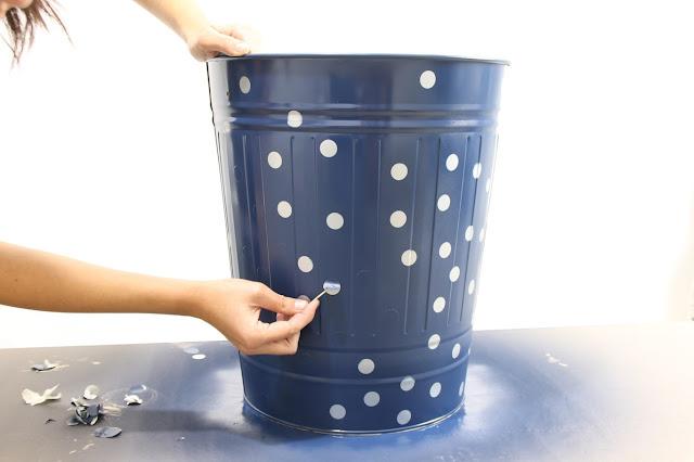 Cómo personalizar tu cesta de la ropa DIY