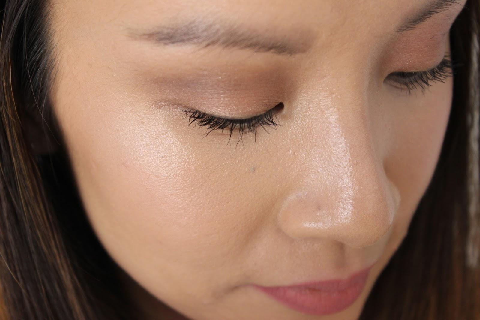 Base for eye makeup