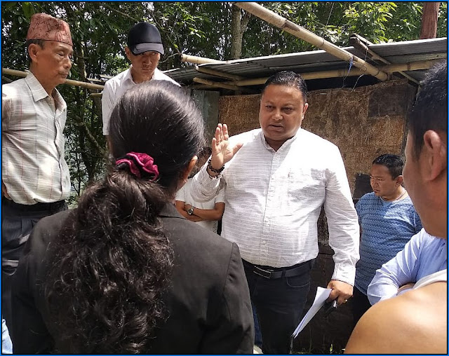 Anit Thapa in Mungpoo visited house dismantled by Cinchona officer