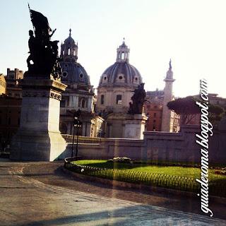 visita guiada guia brasileira roma - Praça Veneza: o Bolo de Noiva ou a Máquina de Escrever