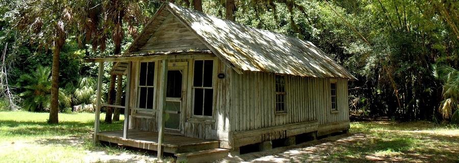 Casas originales del asentamiento en el Koreshan State Park