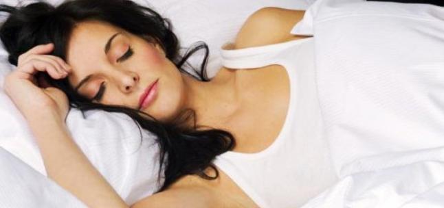 Yuk, Tidur Cukup Biar Tubuh Langsing!