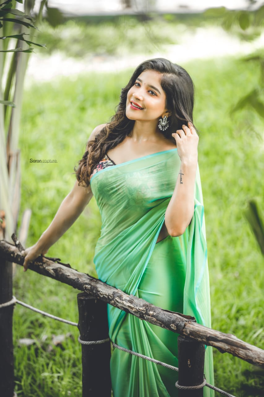 Sakshi Agarwal Green saree