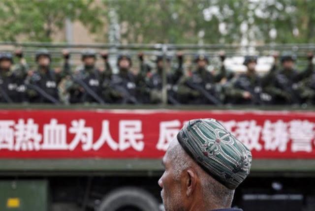 Dzalim, Dianggap Ekstrem Beragama, Cina Larang Muslim di Xinjiang Pelihara Janggut Panjang dan Berhijab