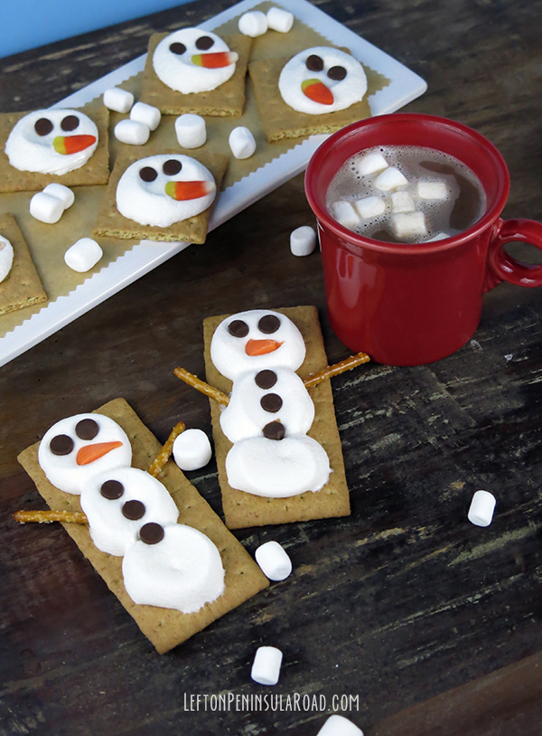 Marshmallow Snowman S'mores with Cocoa