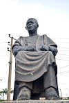 Looters make away with Late Awolowo's glasses