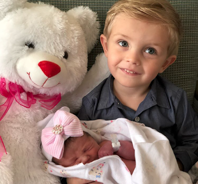 Carson Paine and little sister Everly Hope Paine