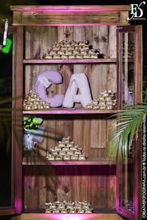 casamento com cerimônia na igreja do santíssimo sacramento e santa teresinha na josé bonifácio em porto alegre e recepção no foyer do grêmio náutico união na joão obino com decoração simples delicada em marrom e rosa por fernanda dutra eventos cerimonialista de casamento em porto alegre e portugal