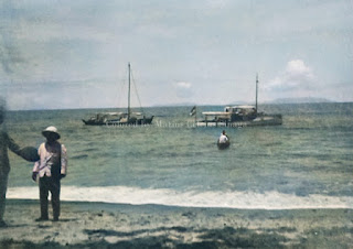 pelabuhan danau toba dan kapal di balige