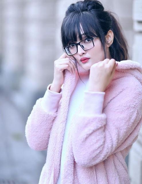 cute girl wallpaper hd 1080px