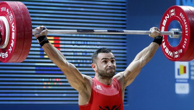 Albanian champion in weightlifting Briken Calja doesn't gets the reward by state because of misinformation, he says