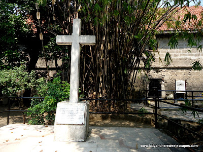 The Memorial Cross at fort Santiago