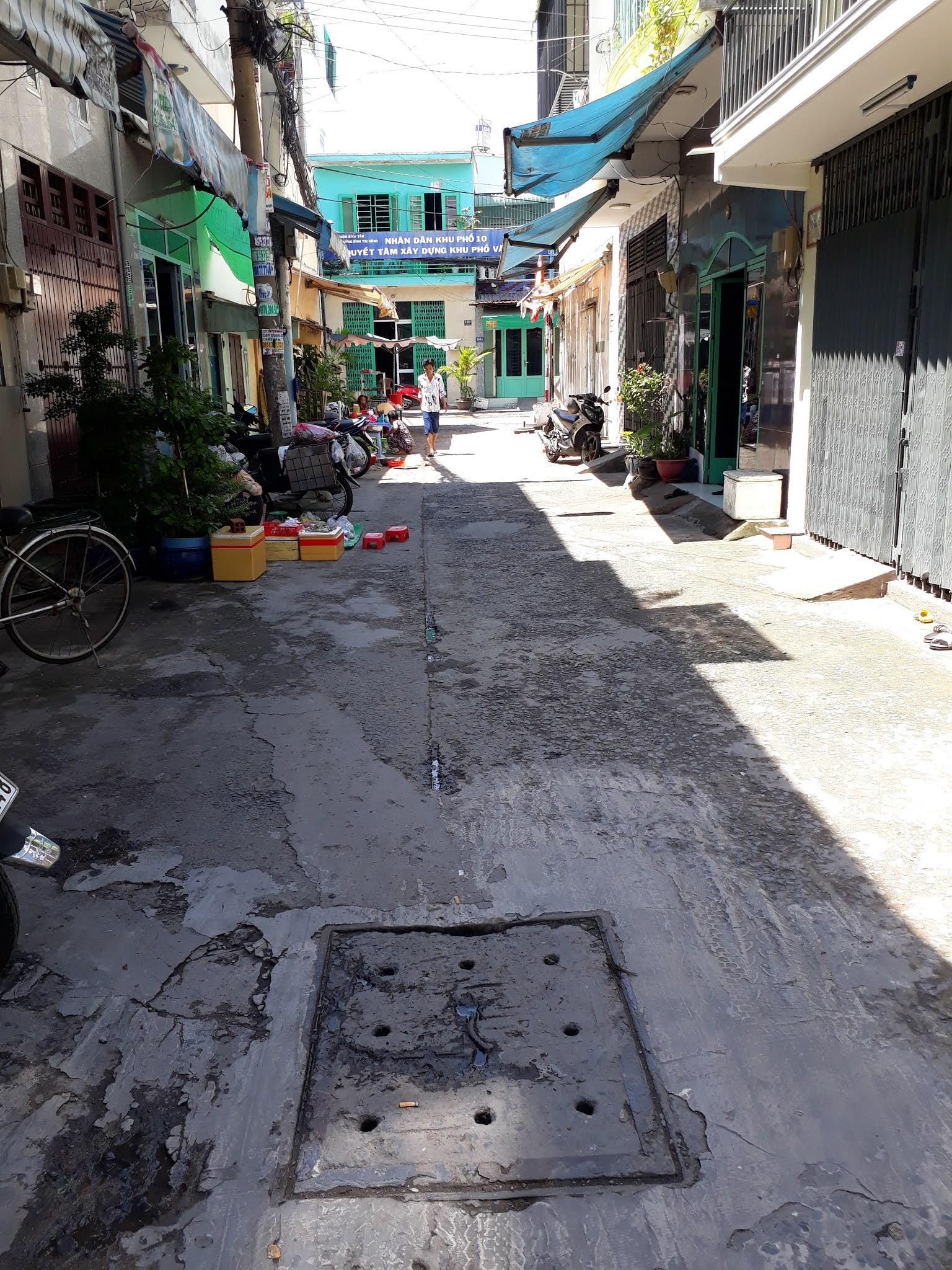 Bán nhà đường Liên khu 10-11 Bình Trị Đông quận Bình Tân. DT 4x11m đúc 4 tấm