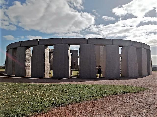 The Esperance Stonehenge | Australian Tourist Attractions