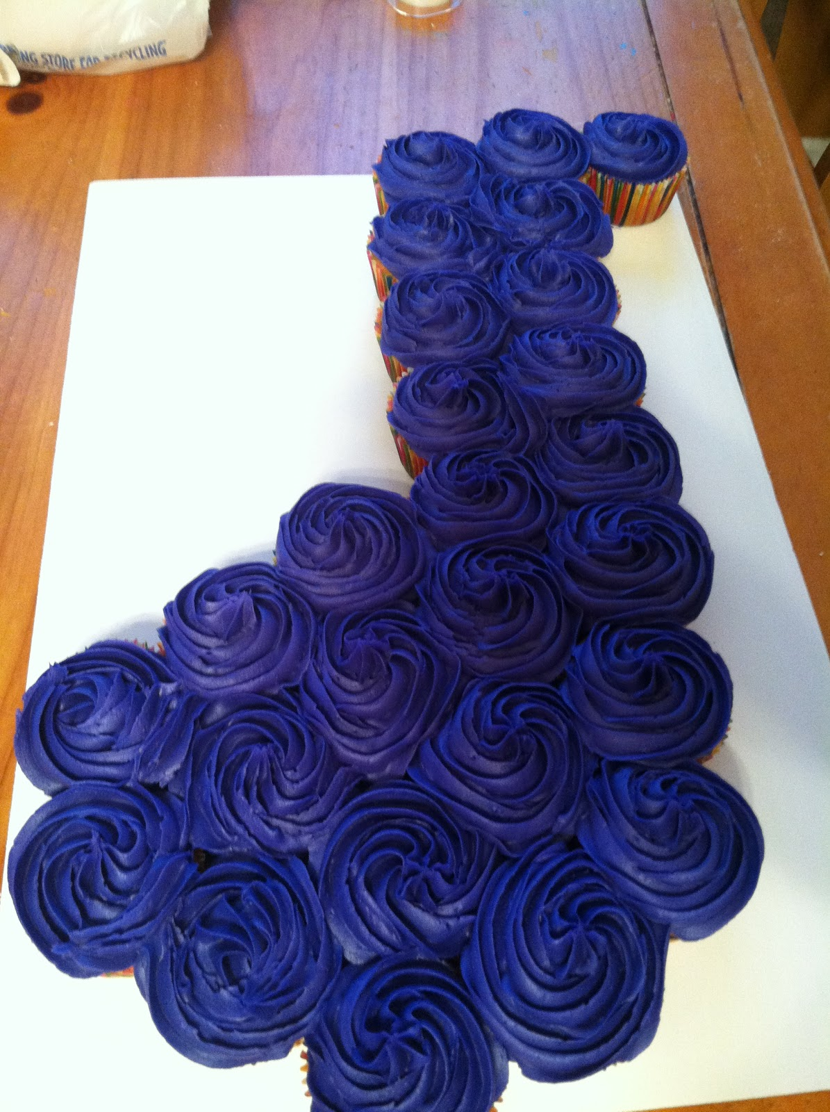 Introducing Music Note Cupcake Cake
