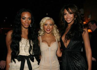 Legends On Legends: Christina Aguilera Sign & Seals With Roc Nation Management!