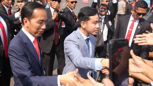 Gegara Lakukan Hal Ini, Gibran Disebut Ikuti Gaya 'Politik Sandiwara' Jokowi