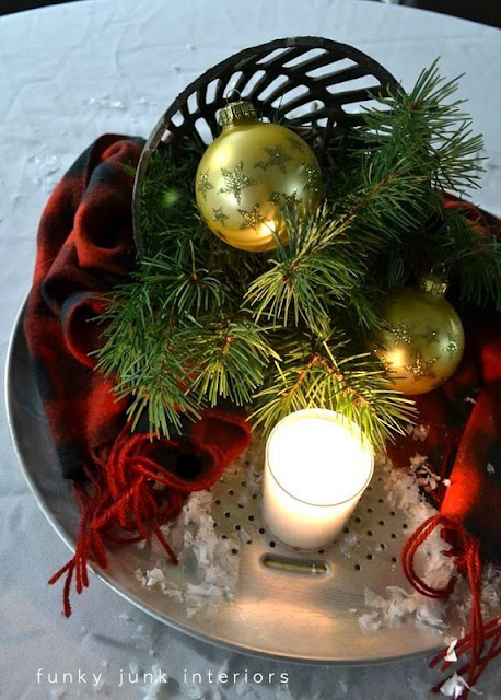 Learn how to create Christmas candle centrepieces out of old bakeware! Perfect for Christmas decorating or everyday! Click to view loads of candle ideas fully lit!
