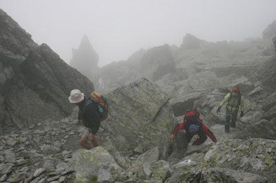 paisaje-alpino-montañas-fagaras-los-carpatos-rumania-enlacima