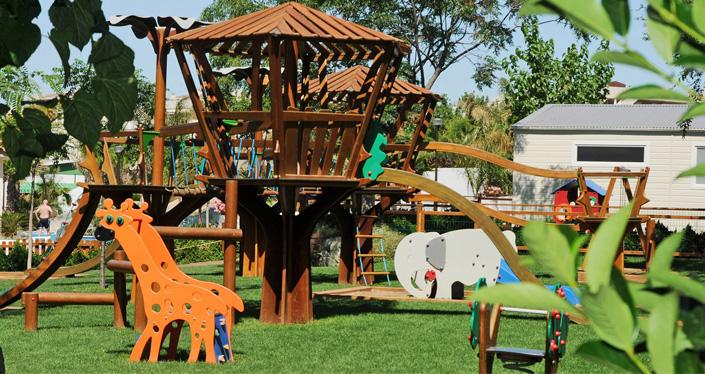 camping con parque infantil - camping con niños