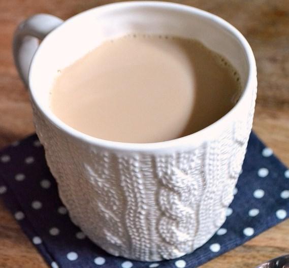 SWEET CINNAMON MILK TEA #drinks #chocolate