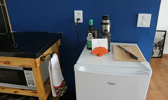 cozinha americana, bancada cozinha, cozinha pequena, como decorar cozinha, cozinha estudio, cozinha kitnet, cozinha aberta, cozinha pequena, cozinha colorida, kitchen decor, small kitchen decor, pinterest decor, decoração pinterest