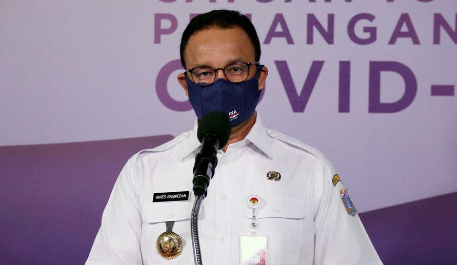 Anies Extends PSBB Transition Period to 6 December in Jakarta