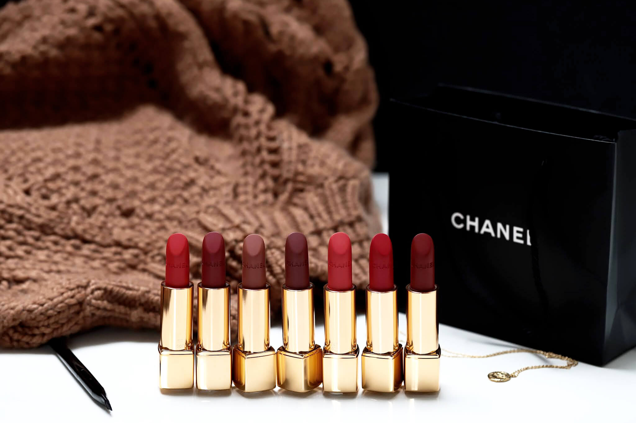 Chanel Rouge Allure Velvet 57 58 227 237 247 257 277 swatch
